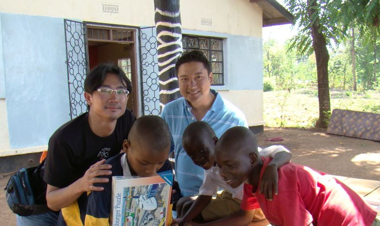 Volunteering Africa Orphanages - photo by client Damien Chung